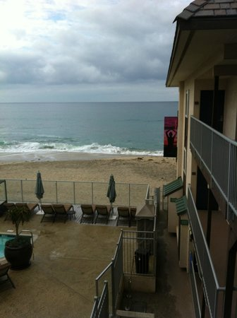 Beach Terrace Inn: Outside my hotel room