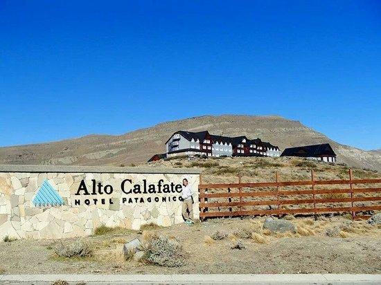 Alto Calafate Hotel Patagonico: Fachada del hotel