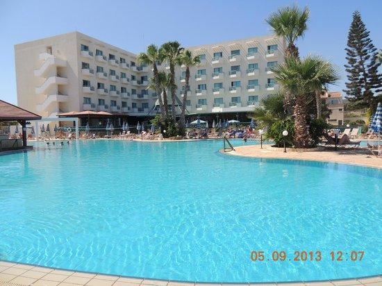 Antigoni Hotel: Бассейн у Антигони