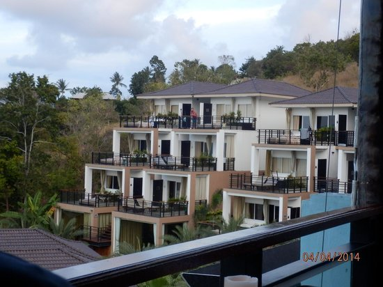Mantra Samui Resort : from the bar to some of the rooms