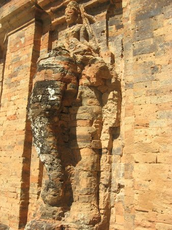 Po Nagar Cham Towers: Hindu elephant carving on the Cham Towers.