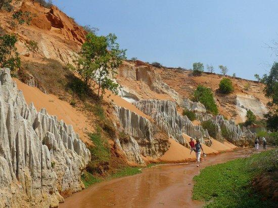 Fairy Stream (Suoi Tien): пески всех цветов