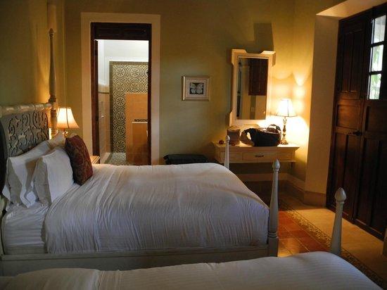 Casa Lecanda Boutique Hotel: Zimmer