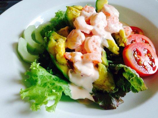 Giuseppe Pizzeria and Sicilian Roast: Avocado shrimp Salad
