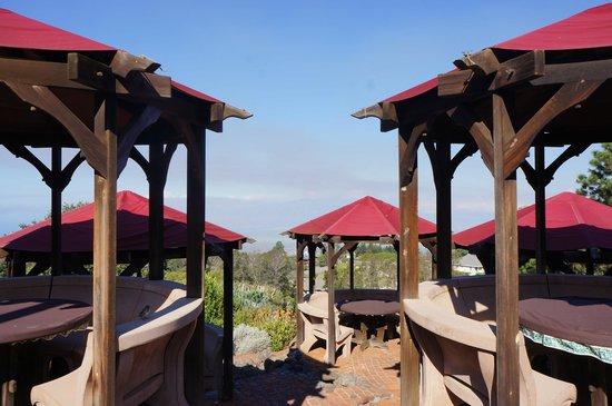Kula Lodge: アウトドアでの食事も