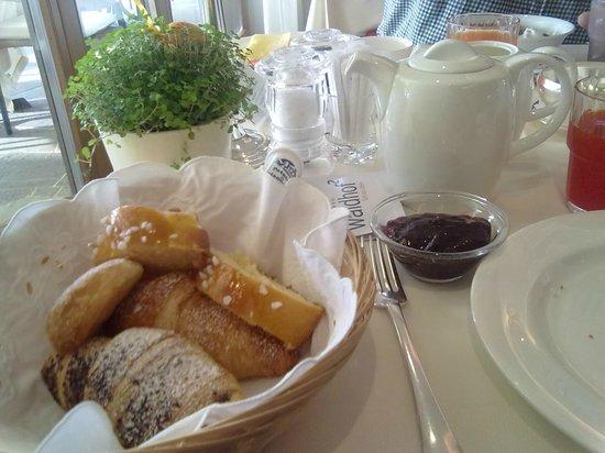 Hotel Der Waldhof: colazione