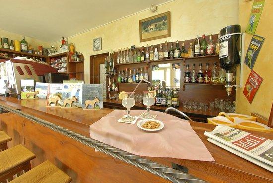 Hotel des Sources : le bar de l'hotel ...