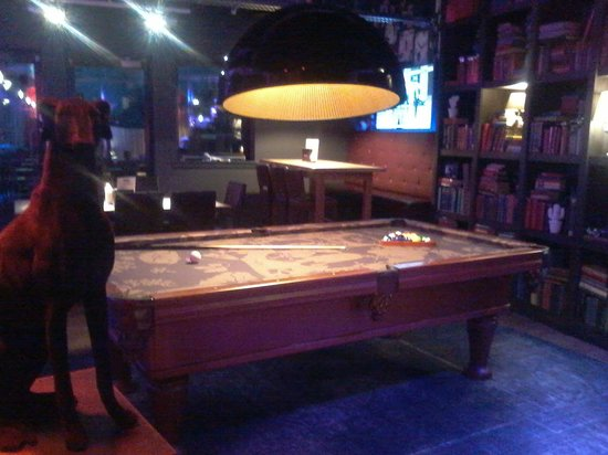 pentahotel Inverness : Pool table with a difference
