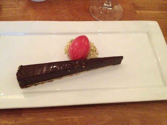 Acorn Vegetarian Kitchen : Vegan chocolate cake