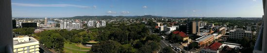 Grand Chancellor Brisbane: View from 10th floor balcony, Parkland side.
