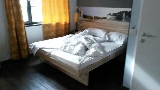 MEININGER Hotel Wien Downtown Franz: Простите за беспорядок)