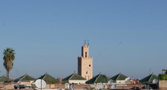 Riad Ambre et Epices: autre vue de la terrasse