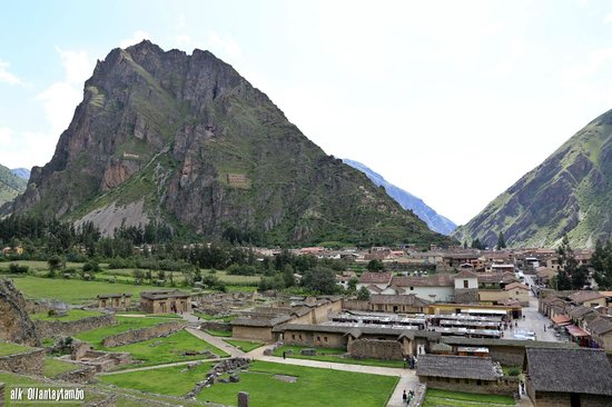 Patacancha  Valley: Up the Valley