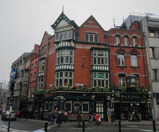 O'Neill's Bar and Restaurant : Exterior