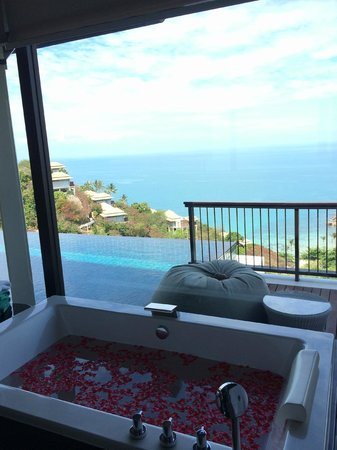 Banyan Tree Samui : Bathtube