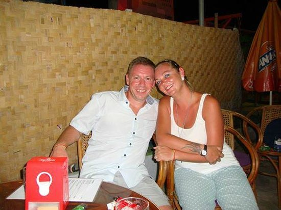 Aquarium Bungalows & Restaurant: Peter and Gemma