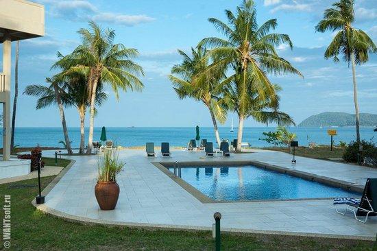 The Frangipani Langkawi Resort & Spa: Бассейн с морской водой