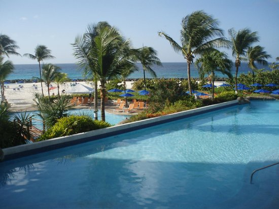 Hilton Barbados Resort: view from reception