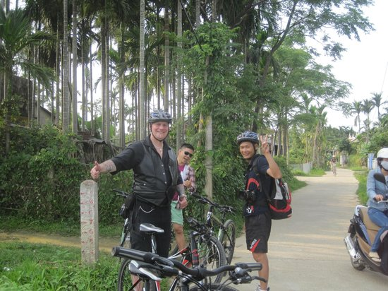 Hoian Cycling: My biking buddies