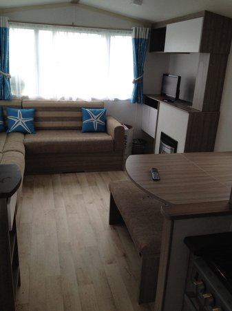 Caister-on-Sea Holiday Park - Haven: Clean and fresh looking caravan