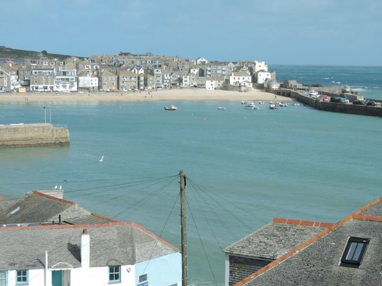The Regent: View over St. Ives from the window