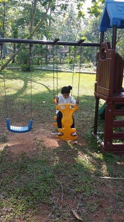 Abad Turtle Beach : Play Ground Yard