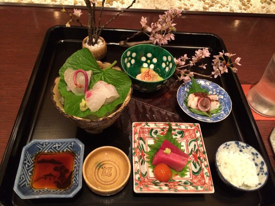 Koryu : Best presentation ever-to celebrate cherry blossom