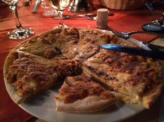 Nubian Island Hotel: пицца