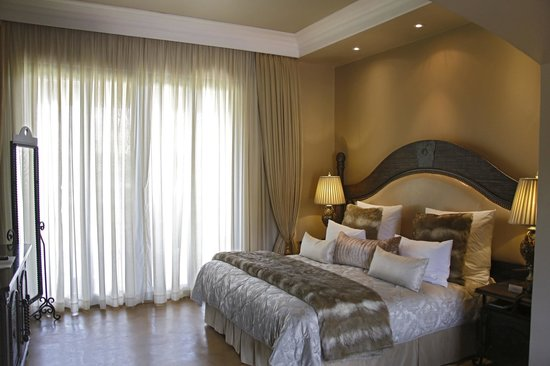 Thaba Eco Hotel: VIP Room