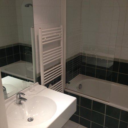 Chalet Hotel Christina : Bathroom