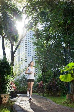 The Sultan Hotel & Residence Jakarta: Jogging Track