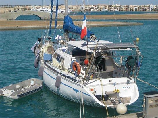 Marina Lodge at Port Ghalib : Boot voor duikers