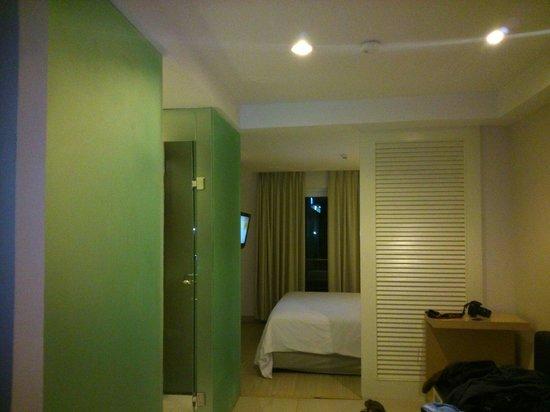 HARRIS Hotel & Residences Riverview Kuta: Design interior banyak sekat