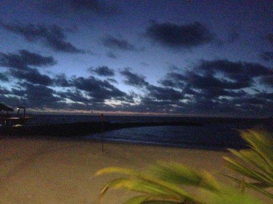 Palau Pacific Resort: 夕暮れ