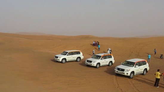 Desert Safari Dubai : Camionetas 4 x 4 en el desierto