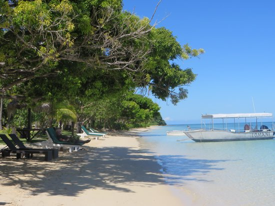 Lomani Island Resort: Beautiful beach