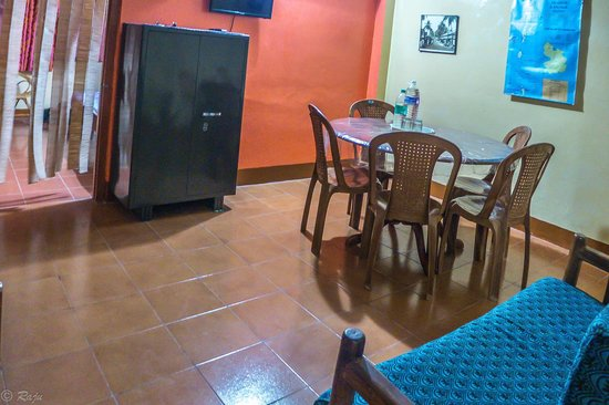 Noble Homestay, Andamans: Dining and TV viewing Area