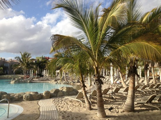 Lopesan Villa del Conde Resort & Corallium Thalasso: One of the pools