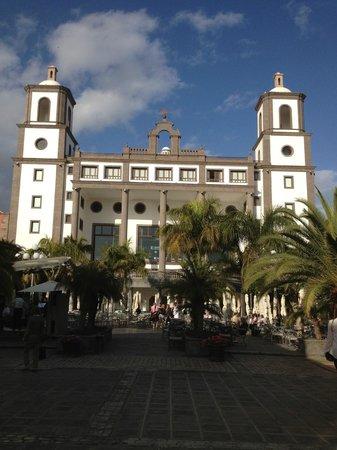 Lopesan Villa del Conde Resort & Corallium Thalasso: Main building