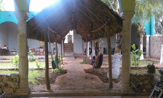 Hotel Tunich Beh: patio dove si fa colazione