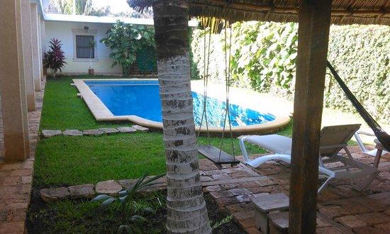 Hotel Tunich Beh: piscina