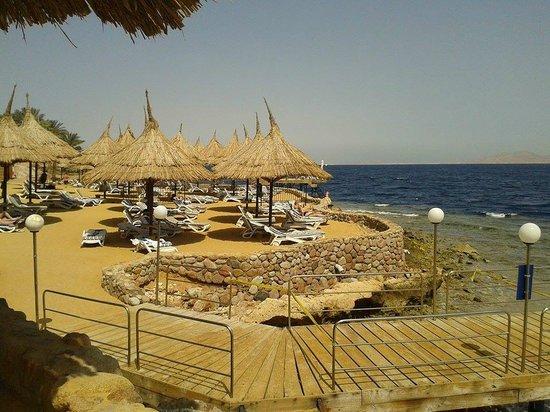 Maritim Jolie Ville Golf & Resort: Вот так выглядит пляж