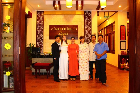 Vinh Hung Library Hotel: Lovely staff
