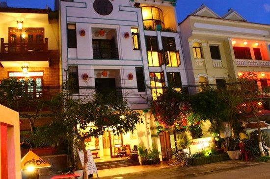 Vinh Hung Library Hotel: Vinh Hung 3 Hotel