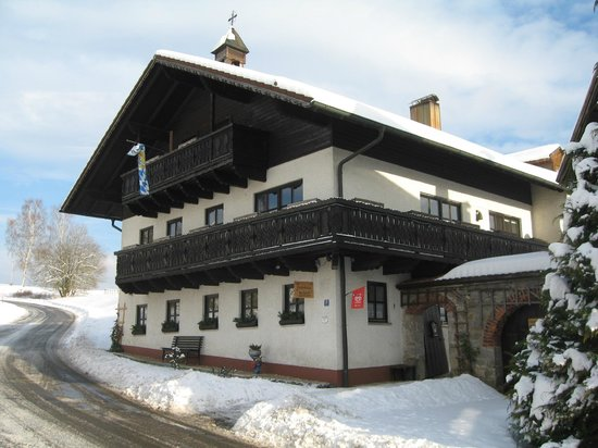 Gastehaus Haibach: unser Haus im Winter
