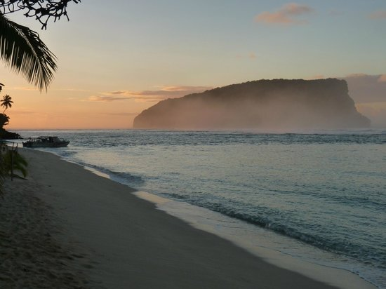 Taufua Beach Fales: View in the morning