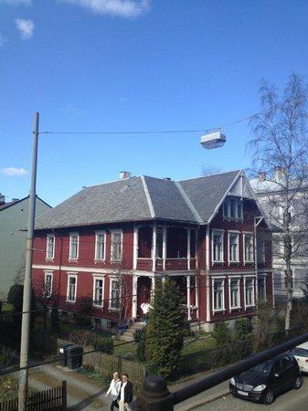 Saga Hotel Oslo: Quartier résidentiel autour de l'hôtel
