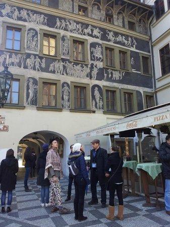 Prague Extravaganza Free Tour : Extravaganzza free tour Prague