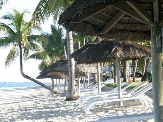 Sugar Beach Golf & Spa Resort : The beach is lovely for early morning walks