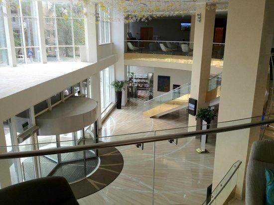 Khortitsa Palace Hotel: Hall à double étage